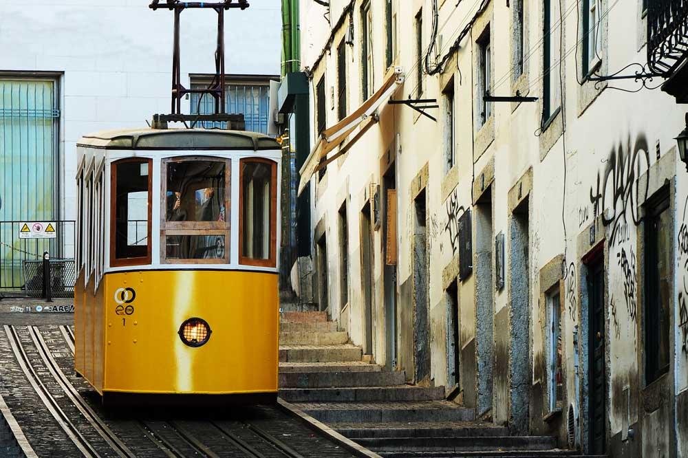 lisbon-day-photo-tour